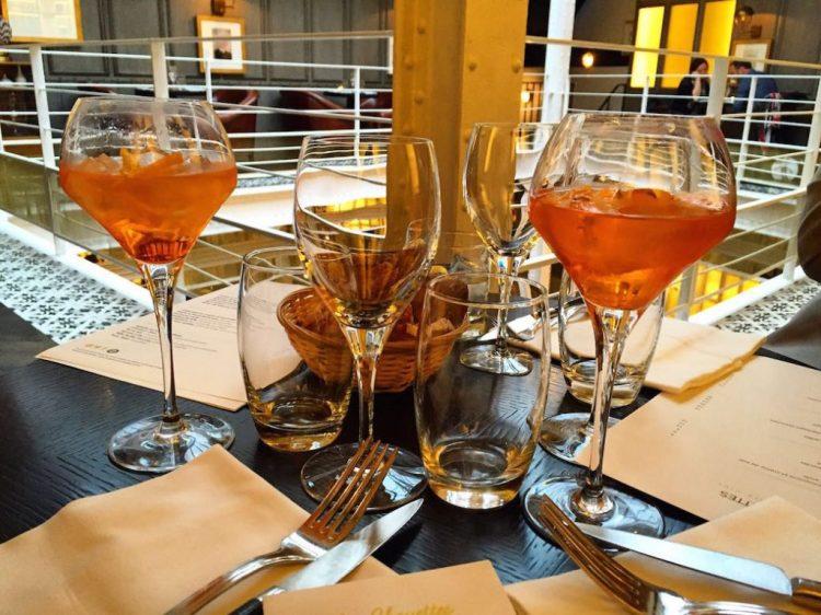 les-chouettes-restaurant-paris-aperitif-spritz