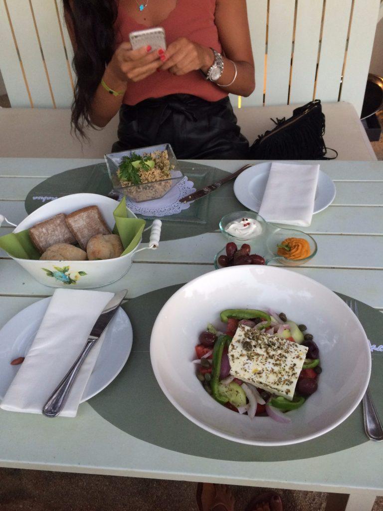 les-exploratrices-restaurant-kalua-mykonos