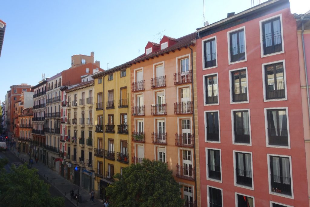 les-exploratrices-weekend-madrid-airbnb-latina
