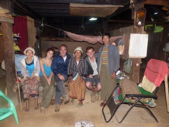les-exploratrices-myanmar-ou-dormir