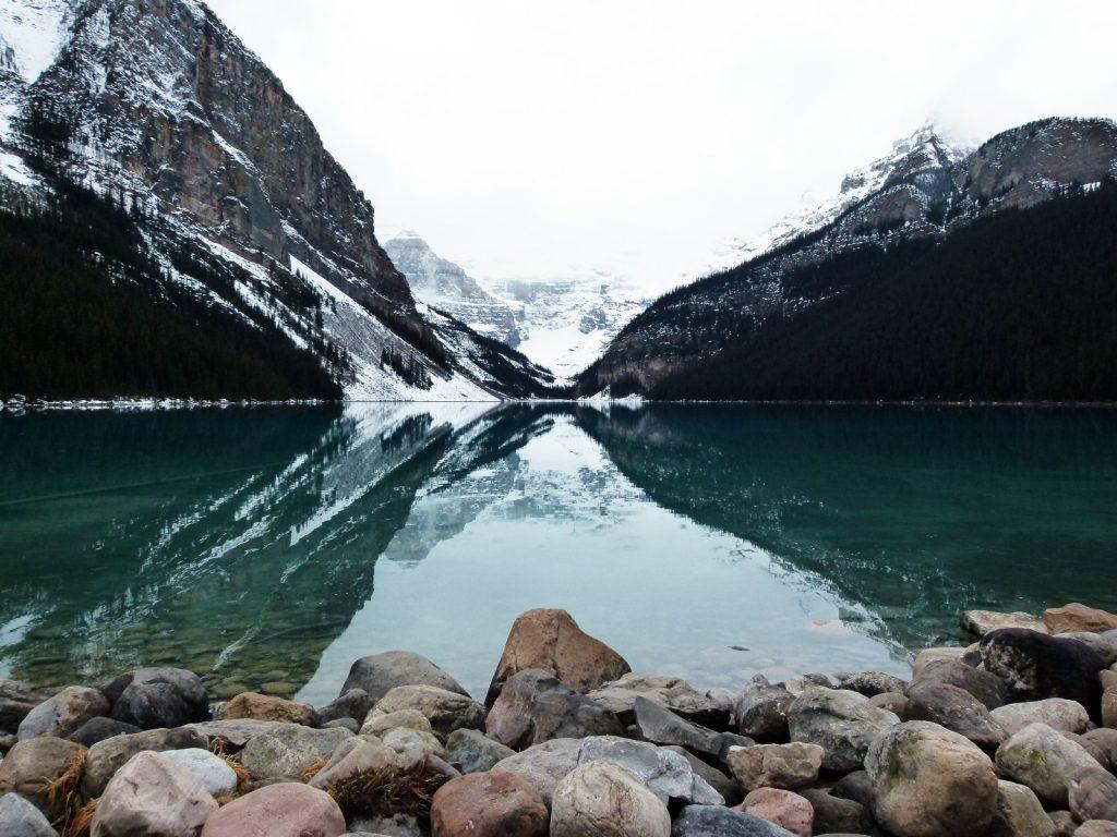 Lake-louise-canada-alberta