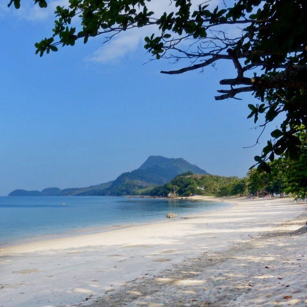 les-exploratrices-sud-thailande-koh-jum-lodge-plage