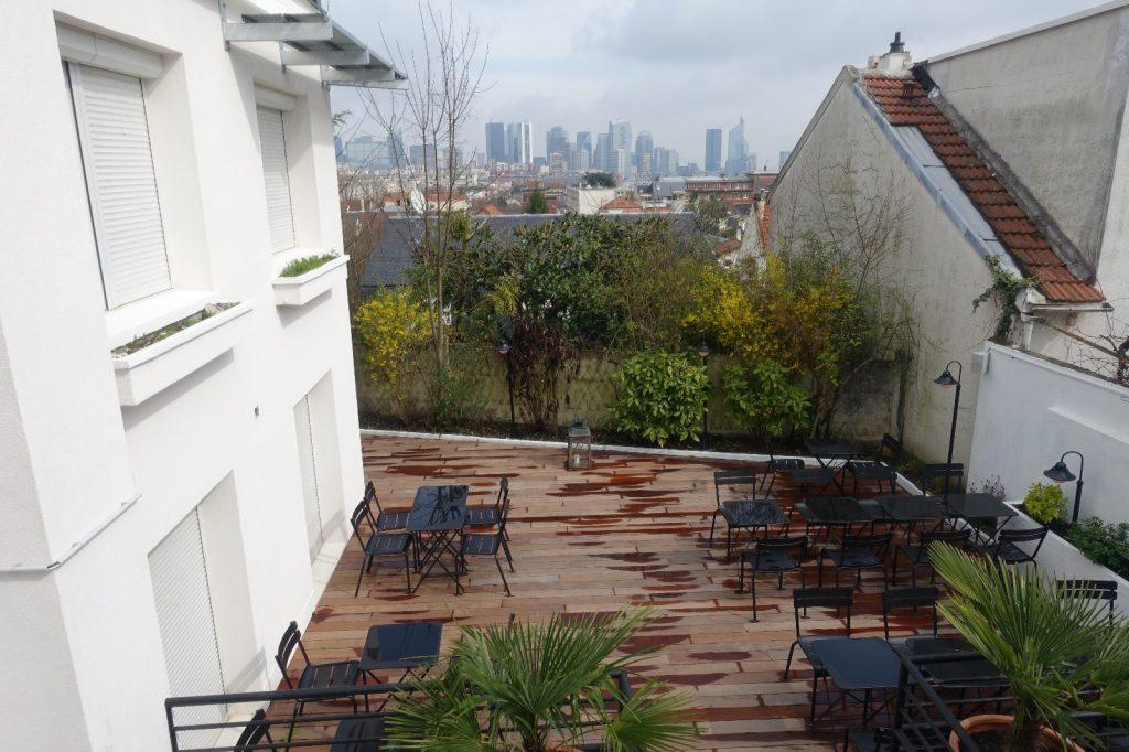 les-exploratrices-restaurant-92-bistro-lahaut-suresnes-terrasse