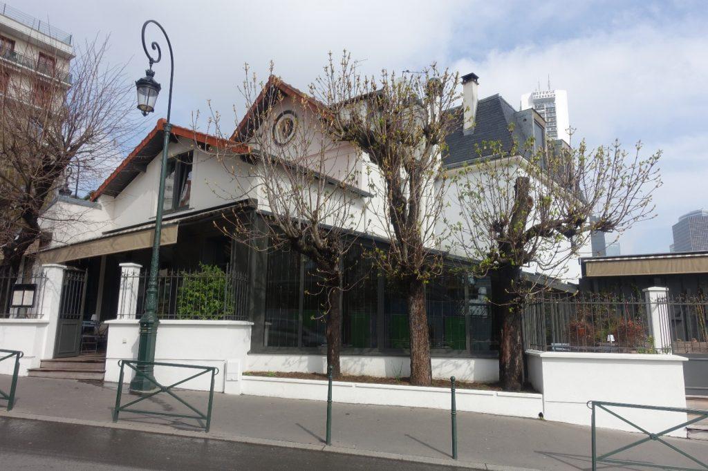 les-exploratrices-restaurant-etoile-92-lescargot1903-puteaux-exterieur