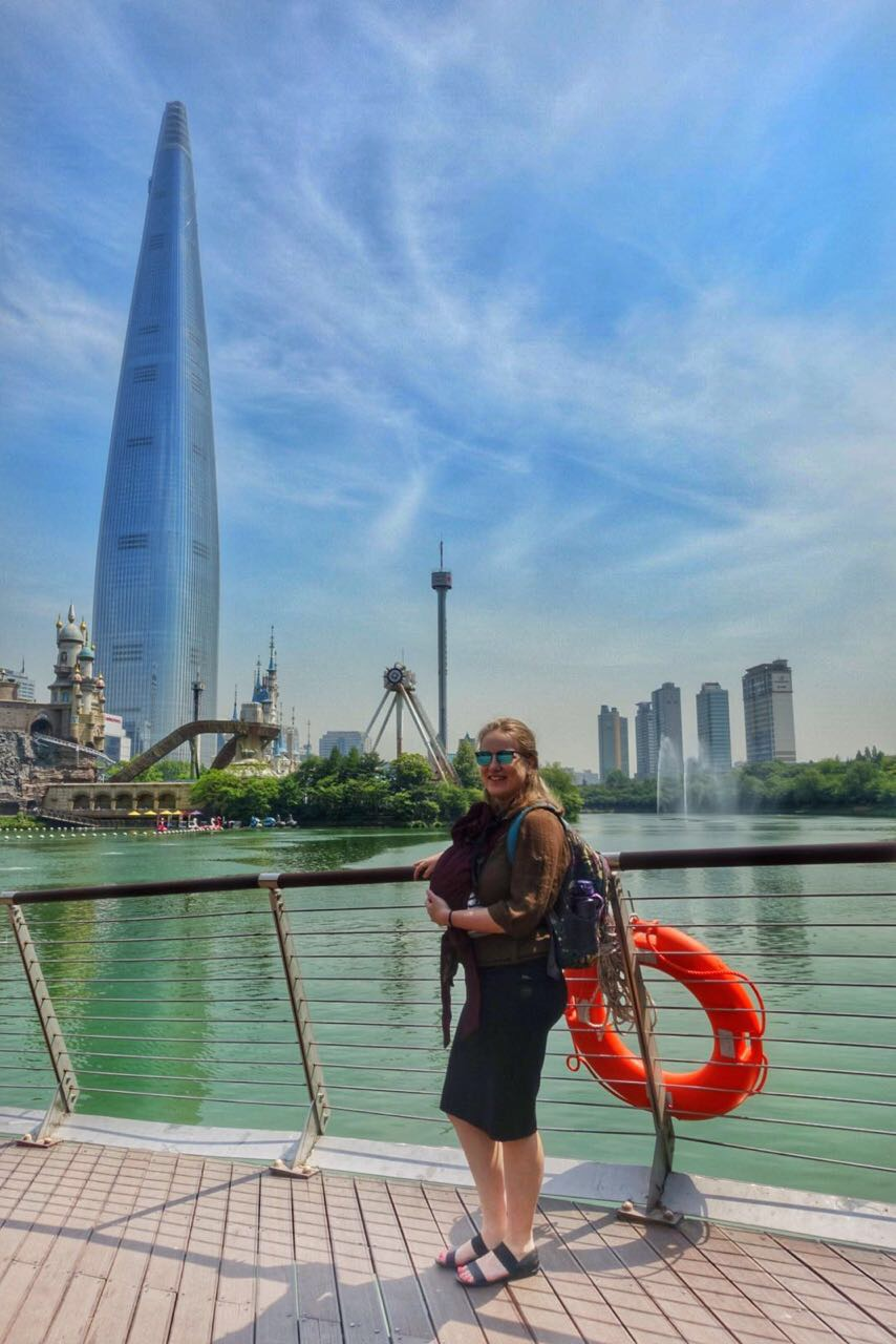 grossesse-a-letranger-lotte-tower