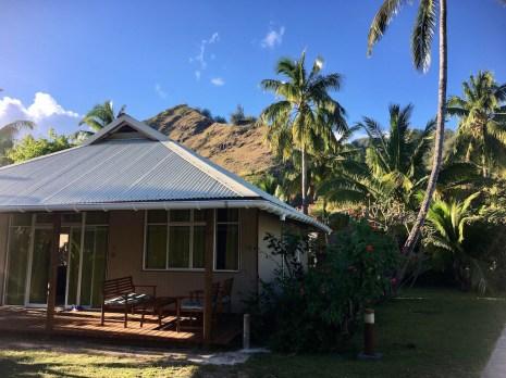 moorea-tipanier-bungalow