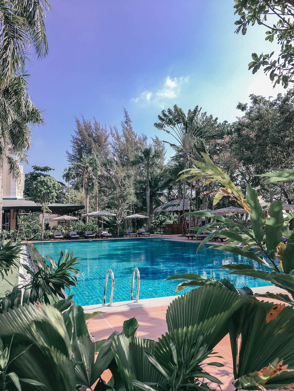 vietnam-airlines-explorer-le-vietnam-can-tho-hotel-pool