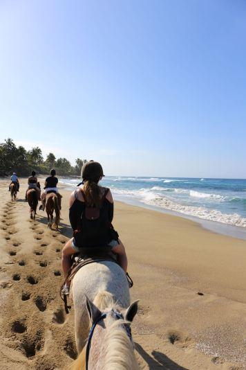 republique-dominicaine-authentique-balade-cheval-couleurs