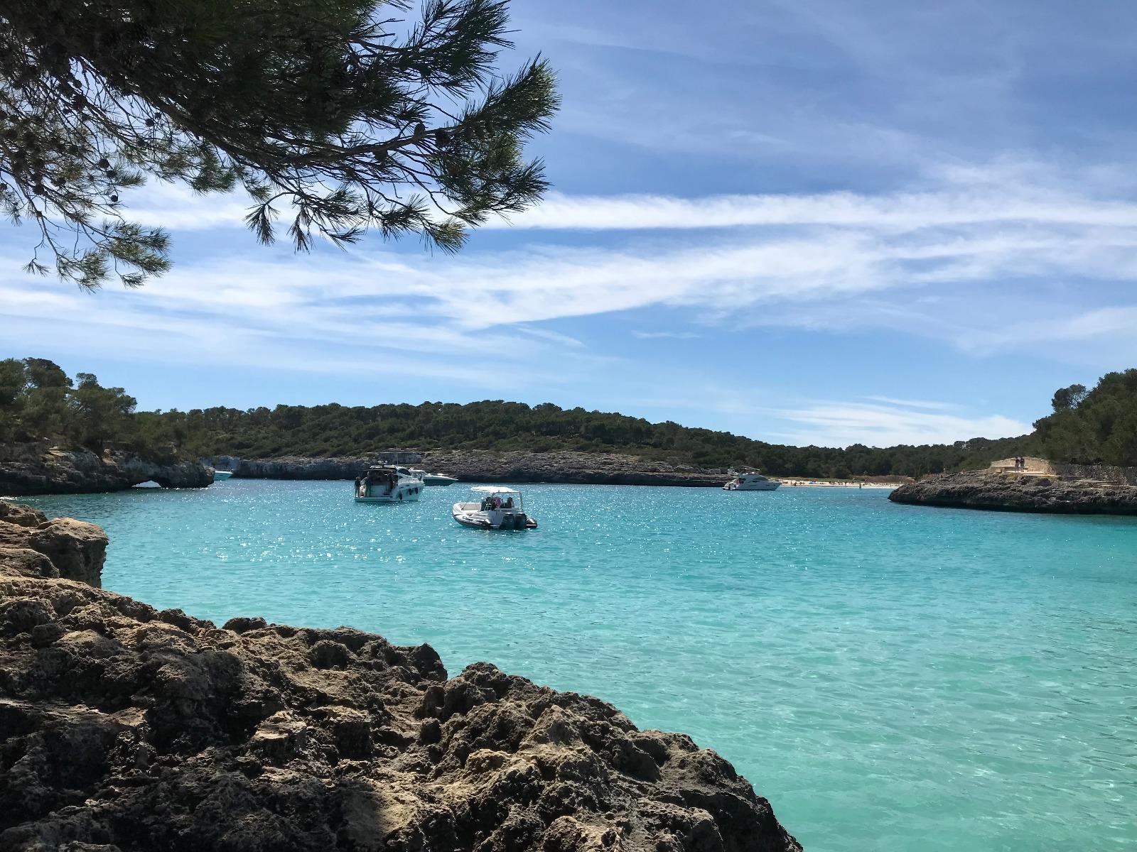 palma-mallorca-bonnes-adresses-playa-samarador-bateau