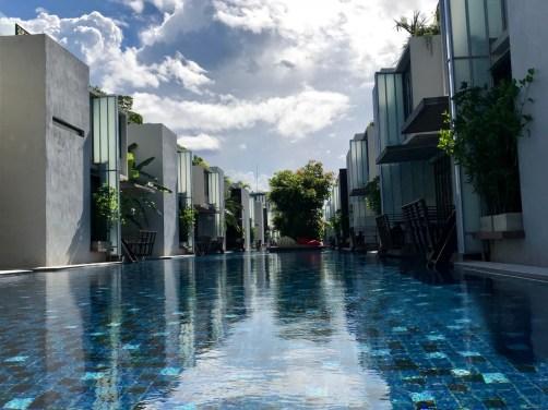 hua-hin-Lets-Sea-Breeze-piscine-hotel