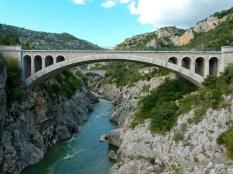 pont-du-diable-gorge-herault