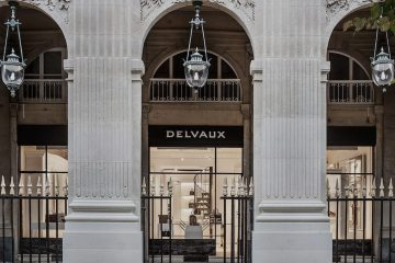 DELVAUX BOUTIQUE AT THE PALAIS ROYAL IN PARIS