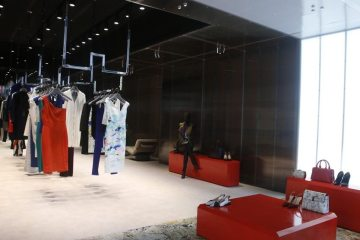 ROLAND MOURET FIRST AMERICAN STORE IN NEW YORK