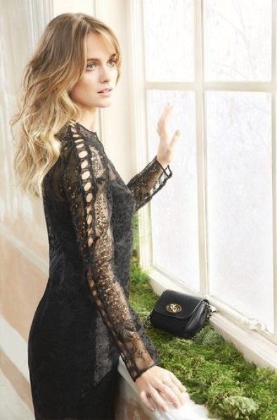 MULEBRRY SPRING 2015 COLLECTION FEATURING CRESSIDA BONAS 1