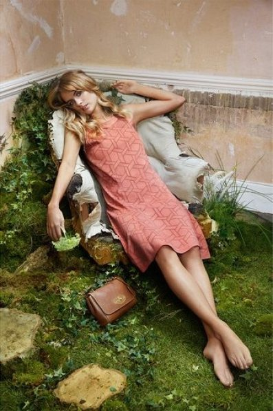 MULEBRRY SPRING 2015 COLLECTION FEATURING CRESSIDA BONAS 3