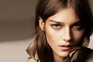 BURBERRY BEAUTY EFFORTLESS CONTOURING AND STROBING COLLECTION