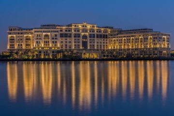 VERSACE FIRST LUXURY HOTEL IN DUBAI