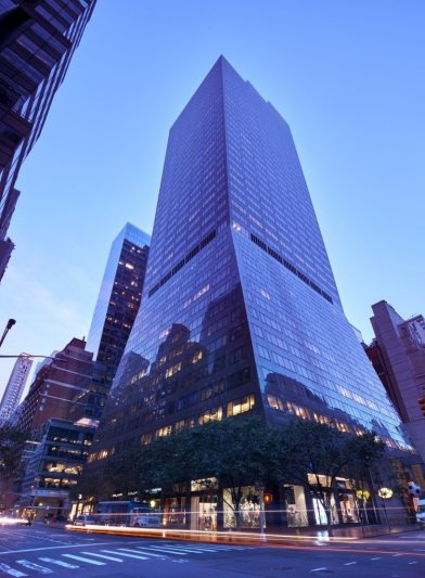 REISS FLAGSHIP STORE IN NEW YORK 5