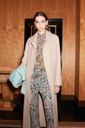 VICTORIA BECKHAM PRE-FALL 2017 COLLECTION