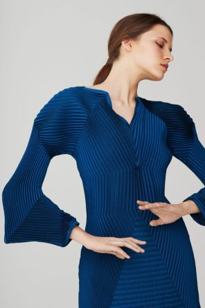 issey-miyake-pre-fall-2017-collection-16