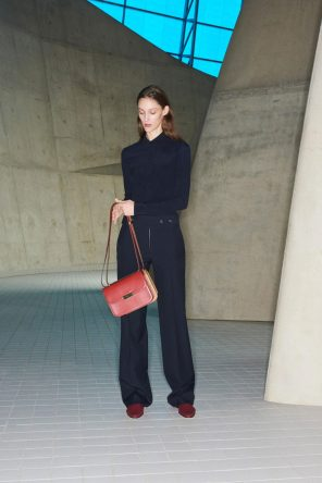 VICTORIA BECKHAM PRE-FALL 2018 COLLECTION
