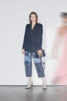 STELLA MCCARTNEY PRE-FALL 2018 COLLECTION