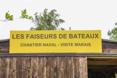 Faiseur de bateaux pancarte