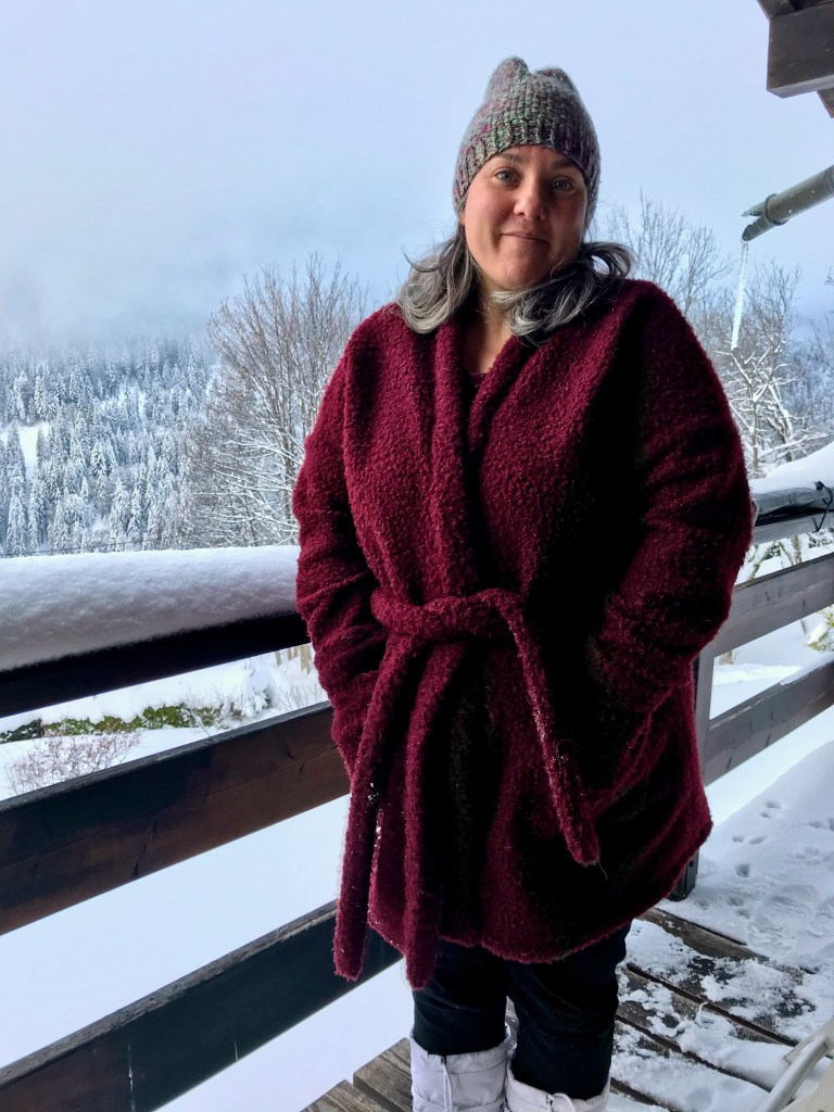 Dehors avec ma veste Dressed Deer&Doe, avec de la neige dessus !
