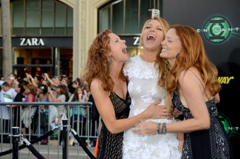 Blake Lively et ses copines se marrent bien!