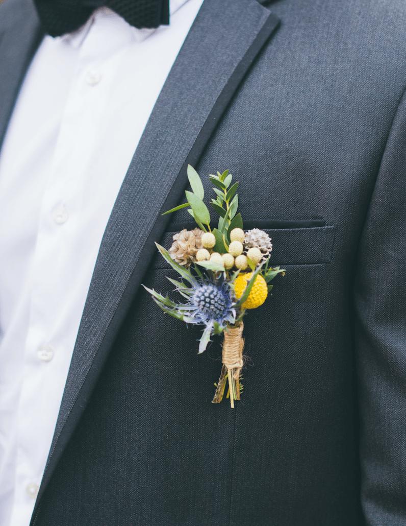 Boutonniere-fleurs-champetre-mariage