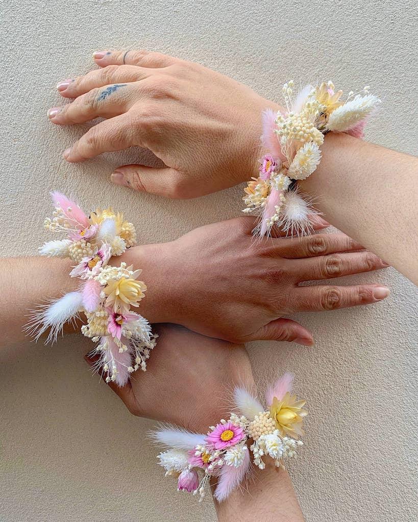 bracelet-mariage-pastel-fleurs