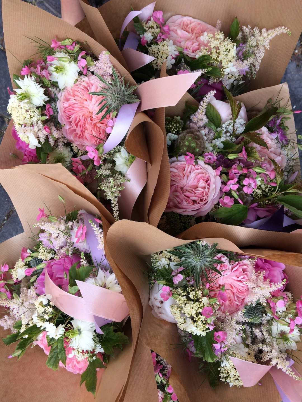 Demoiselle-honneur-rose-mariage