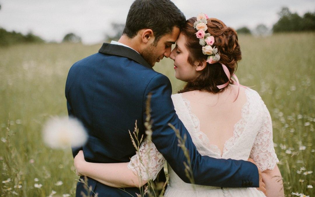 amour-fleurs-bouquet-couronne-mariage