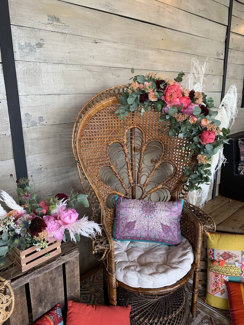 evenementiel-vitrines-amenagement-fleurs