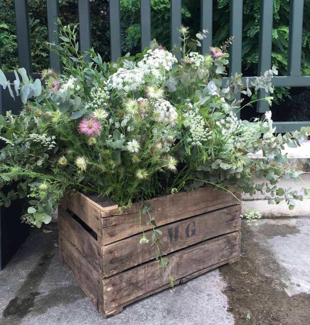 lieu-reception-caisse-fleurie-champetre-mariage