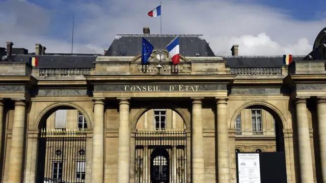 LE CONSEIL D'ETAT SUSPEND L'ÉLECTION CONSULAIRE PARTIELLE AUX PAYS BAS