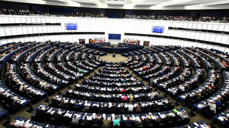 Le centre, futur arbitre d'un Parlement européen éclaté ?