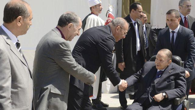 Le fantôme du FLN propose la candidature du fantôme de Bouteflika.