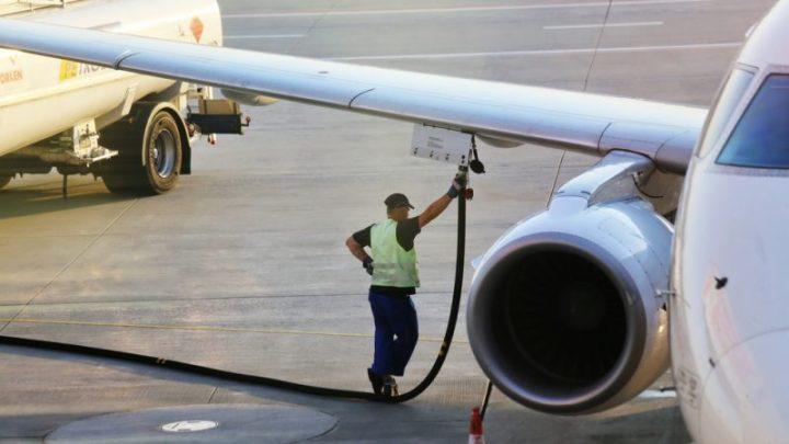 Bruxelles envisagerait une taxe sur le kérosène