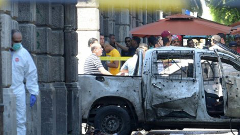 Attentat à Tunis à proximité de l'ambassade de France