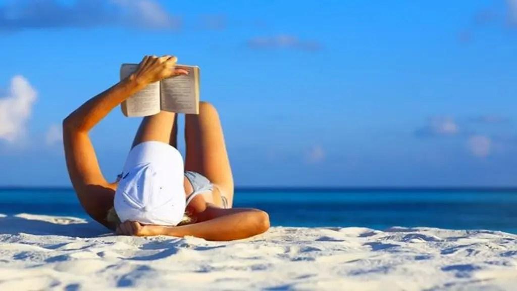 Les livres qui ont été lus cet été en France – Compilation des critiques