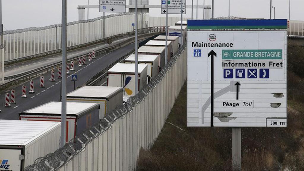 Le Brexit dur met la douane française sous pression