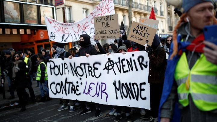 Grèves en France : le retrait complet du texte désormais exigé par les syndicats – contrôleurs aériens aussi en grève