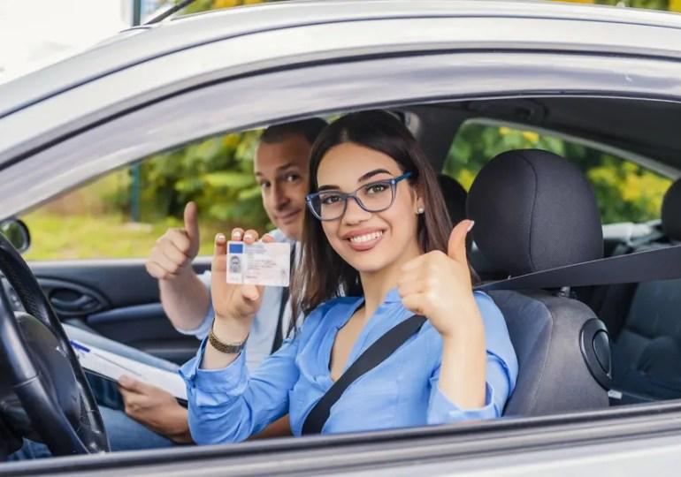 Permis de conduire à l'étranger, quelles règles ?