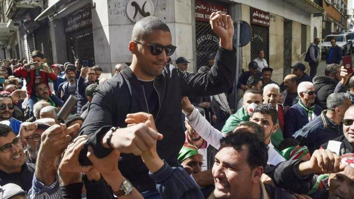 Liberté de la presse en Algérie : le journaliste Khaled Drareni devant la justice – Podcast vidéo