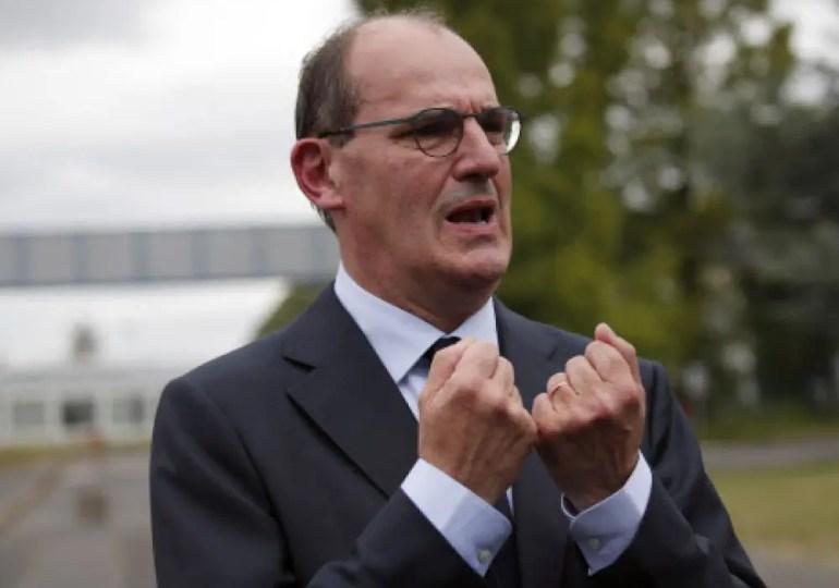 """Nous voulons tout faire pour l'éviter car le confinement a certes des conséquences positives sur l'arrêt du virus, mais il a des conséquences économiques, sociales, individuelles et parfois psychologiques très lourdes"""" a indiqué le Premier Ministre, Jean Castex."""