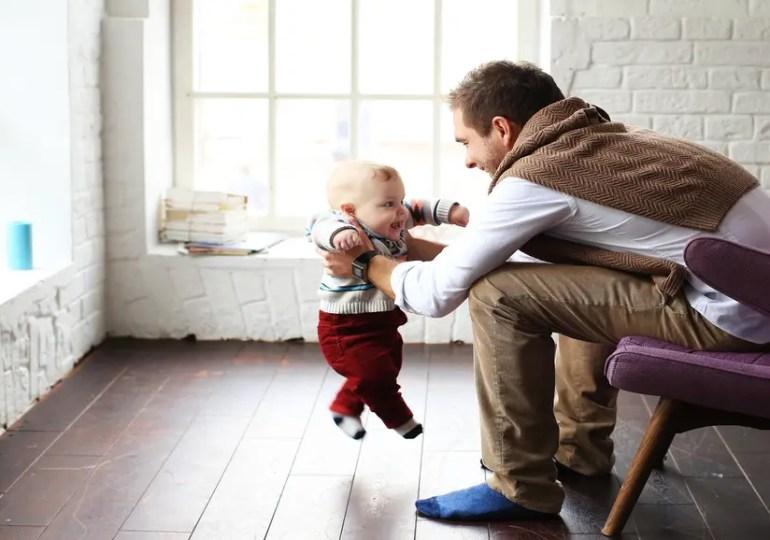 Congés paternité : comment ça se passe en Francophonie?