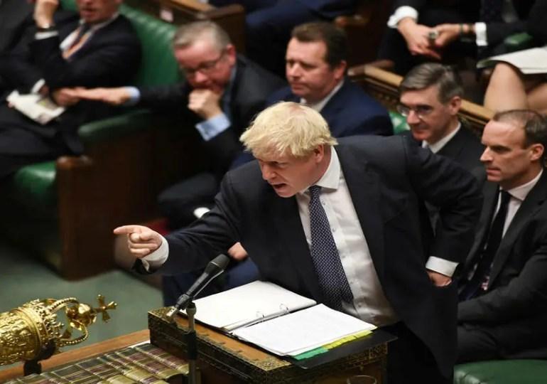 Brexit: les négociations reprennent, Johnson essuie un revers à la chambre des Lords