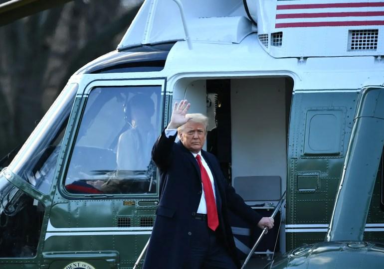 """"""" Je me battrai toujours pour vous, j'écouterai, regarderai, et je vous dis que l'avenir de ce pays n'a jamais été si bon. (...) Nous reviendrons d'une manière ou d'une autre"""". Donal Trump lors de son discours de départ"""
