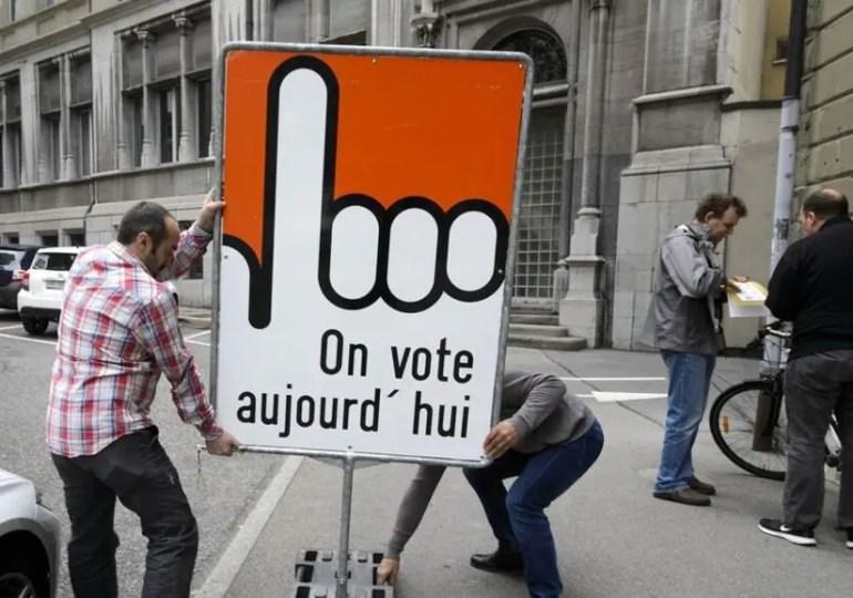 Leçons suisses, du foot à la  démocratie.